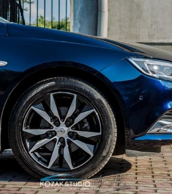 Opel Insignia - Autodetailing, odnawianie samochodów, czyszczenie, renowacja i zabezpieczenia lakierów samochodowych - Częstochowa_12