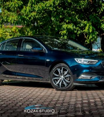 Opel Insignia - Autodetailing, odnawianie samochodów, czyszczenie, renowacja i zabezpieczenia lakierów samochodowych - Częstochowa_2